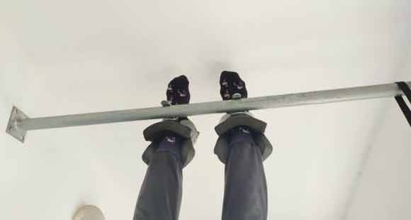 Use Gravity Boots, While Taking Inversion Therapy